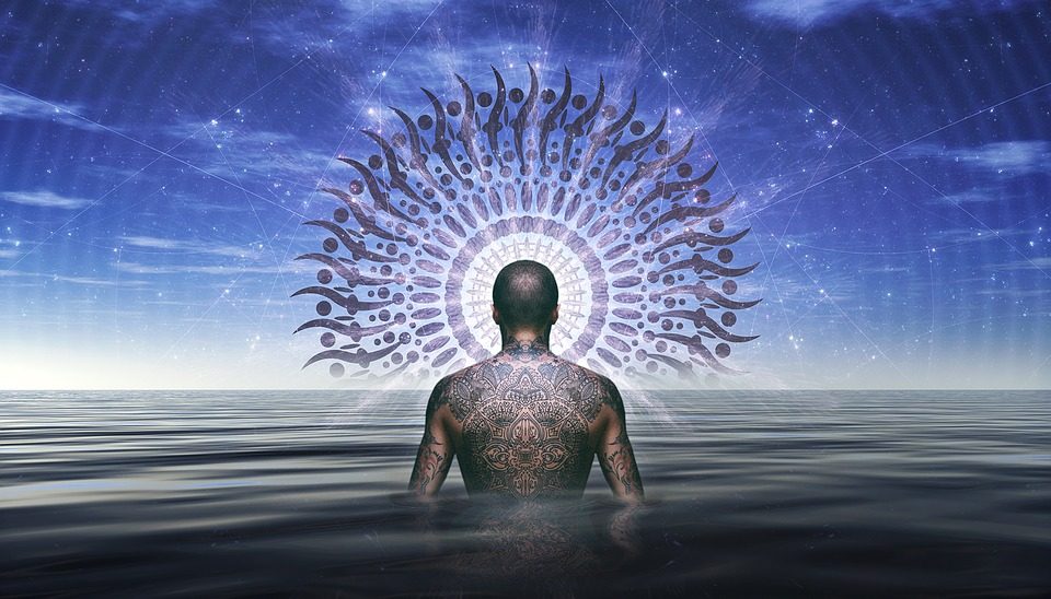 shaman-2897334_960_720.jpg
