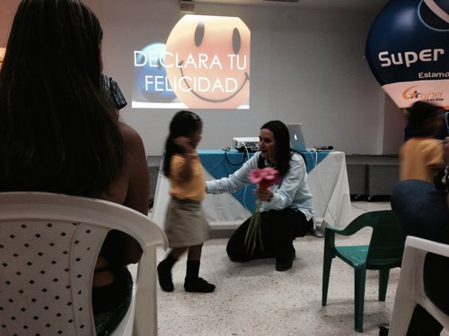 Dr. AnaMaria Rivera - Felicidad.jpeg
