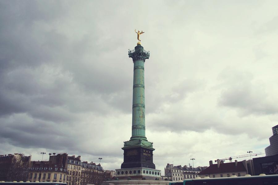 july monument paris