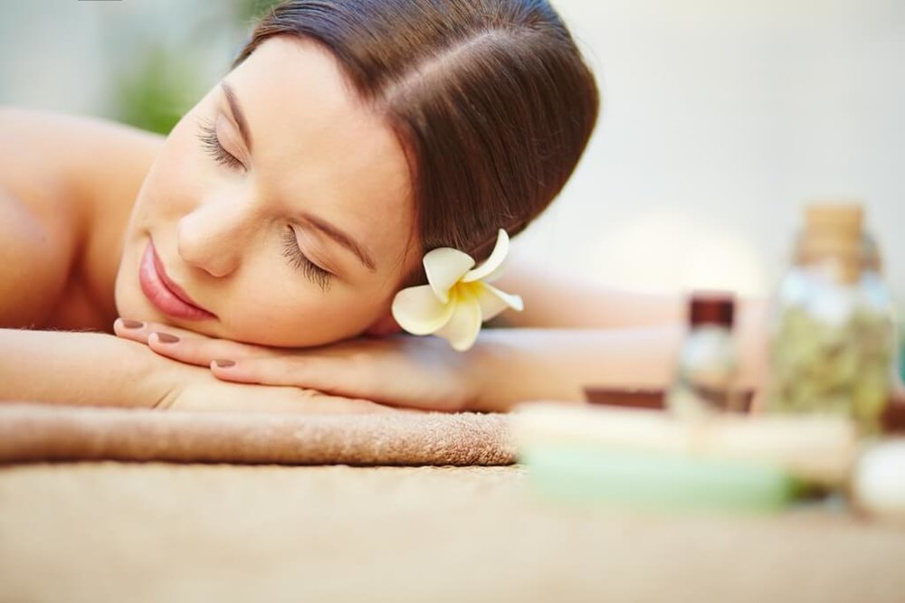 DETOX MUD TREATMENT WITH FULL BODY MASSAGE - $145Purify, detoxify, and condition your skin.After dry brush exfoliation your body will be covered in detoxifying mud and wrapped to allow the heat to promote the detox process. Finish with a full body massage and cream applications.
