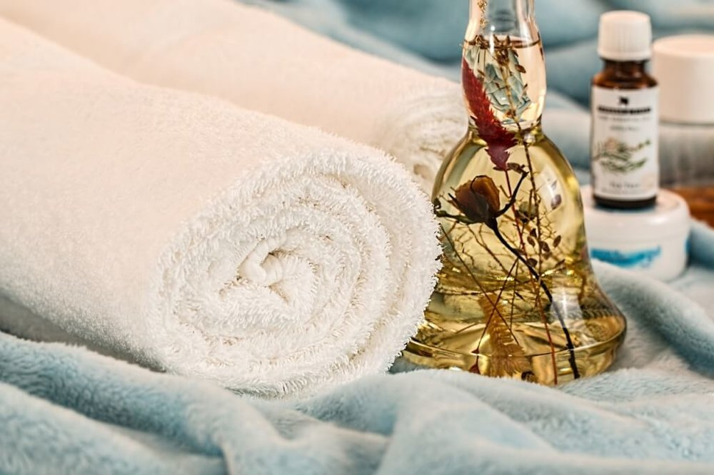 SWEDISH MASSAGE - $65/60 minutes$100/90 minutesTailored to your specific needs, this full body massage increases circulation, enhances lymphatic drainage, increases flexibility, and promotes relaxation.