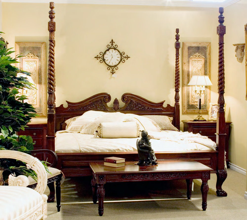 B171 - Carved French Four Poster Windsor Bed