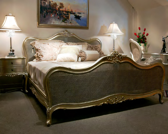 B807 - Louis XV Style Bed