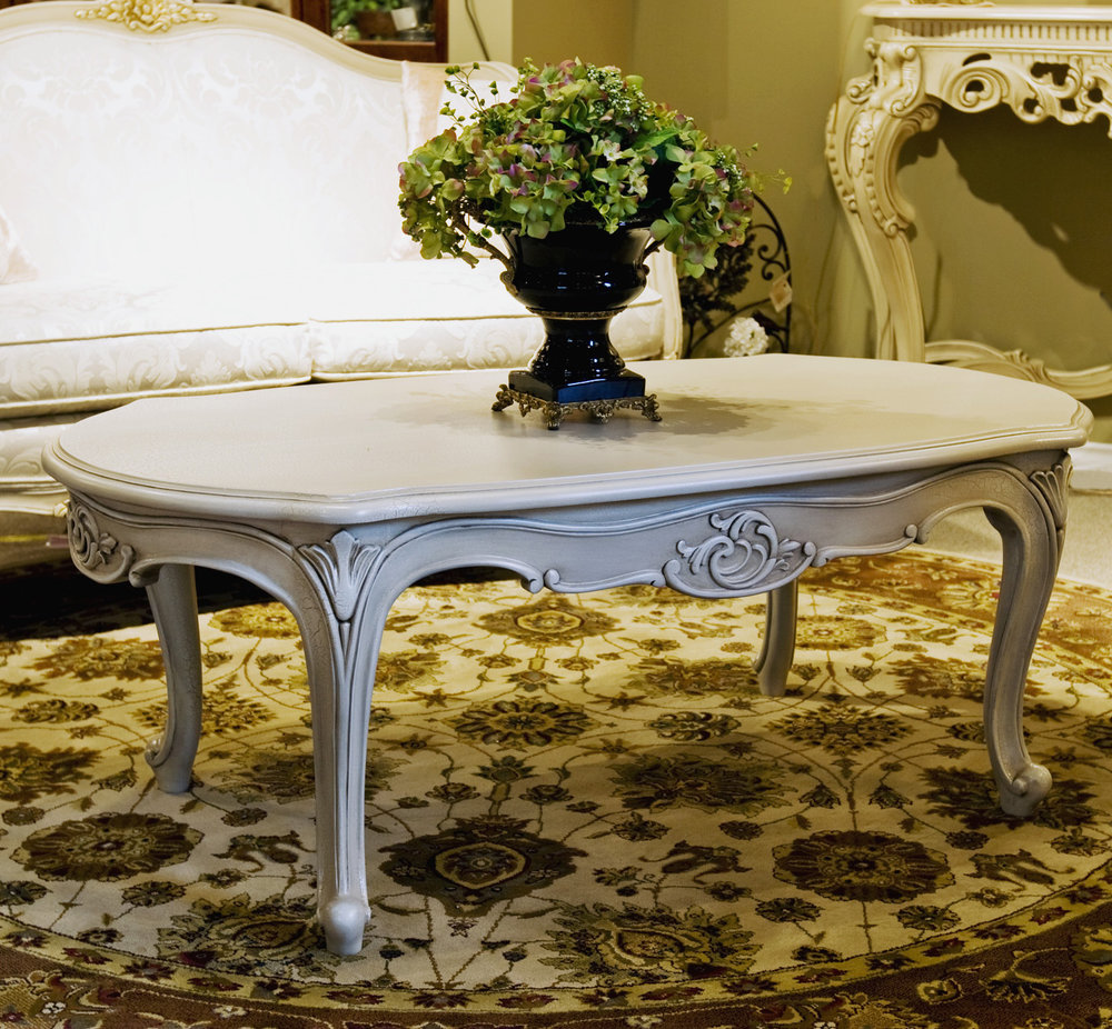 TA102HCT - Louis XV Oval Cocktail Table