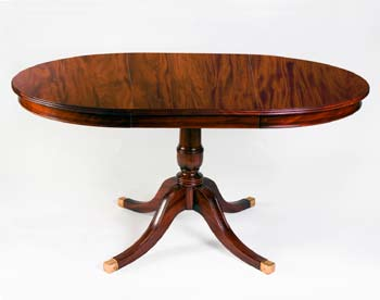 Beau Sheraton Style Round Extension Table One Leaf