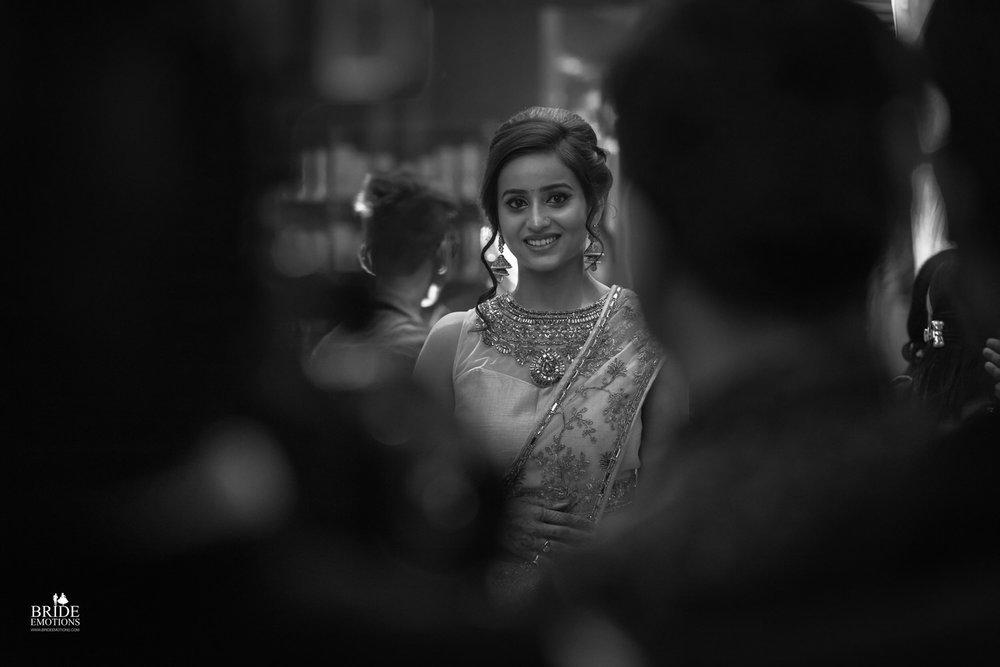 Best Wedding Photographer Vadodara_013.jpg