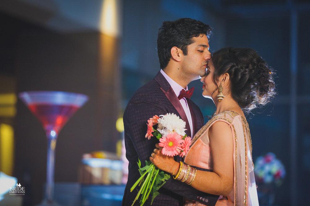 Best Wedding Photographer Vadodara_037.jpg