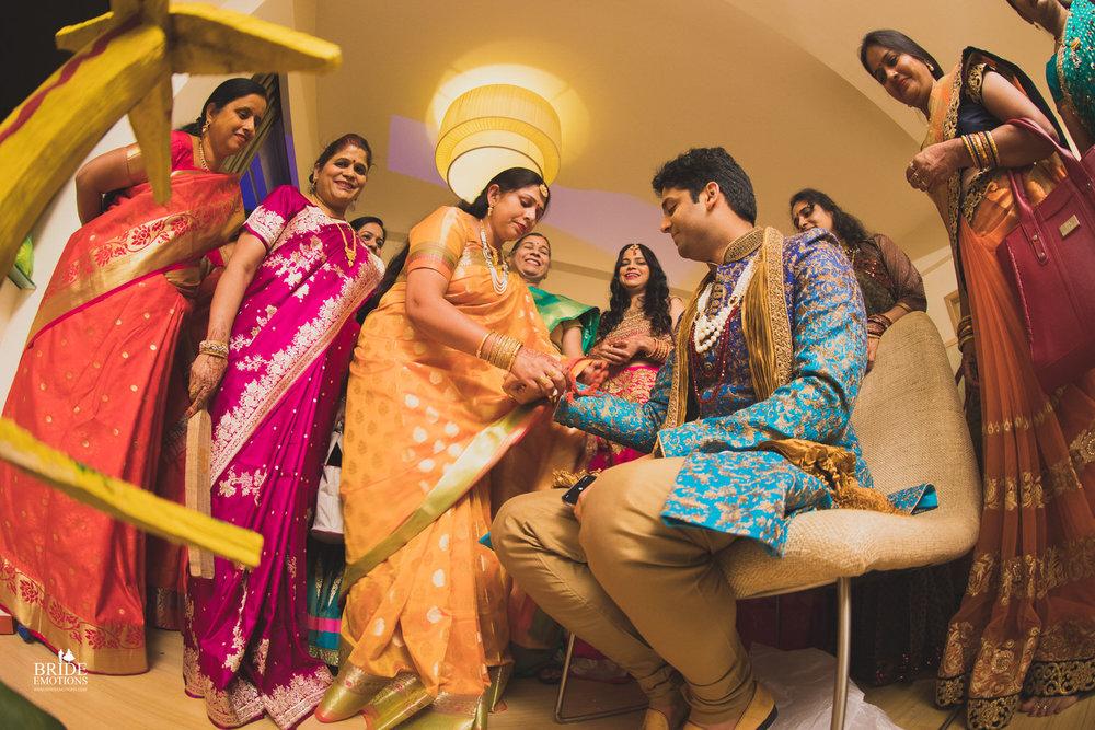 Best Wedding Photographer Vadodara_067.jpg