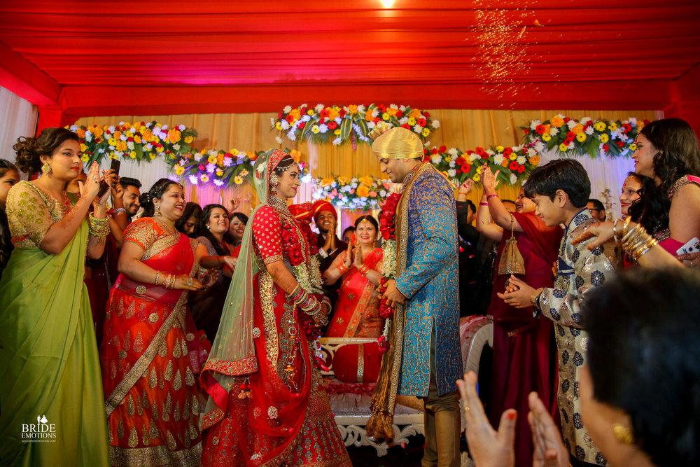 Best Wedding Photographer Vadodara_075.jpg