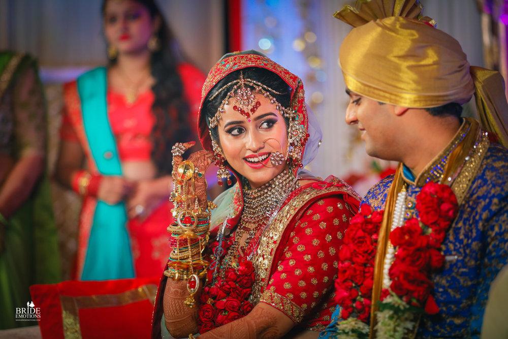 Best Wedding Photographer Vadodara_076.jpg