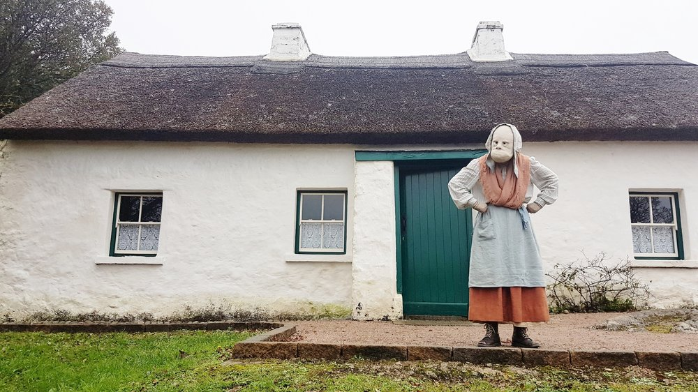 Pearse's Cottage meets Cáit. - We were delighted to tour Cleite out to the breathtaking Teach Uí Phiarsaigh in Rosmuc as part of our sold our run at Baboró festival this year.