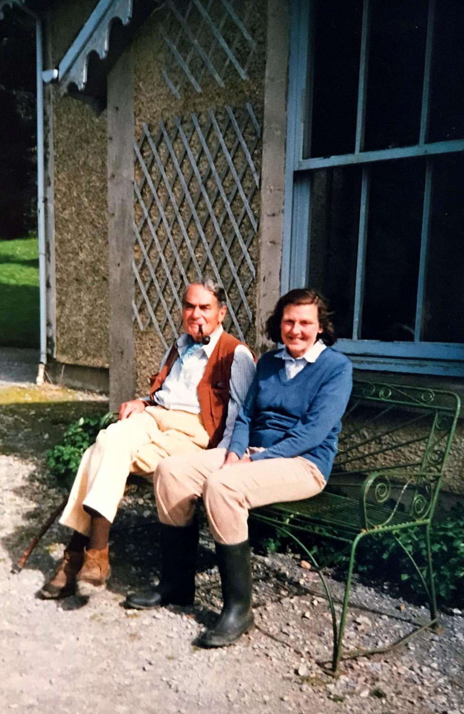 Errislannan_Mr-and-Mrs_Brooks.jpg