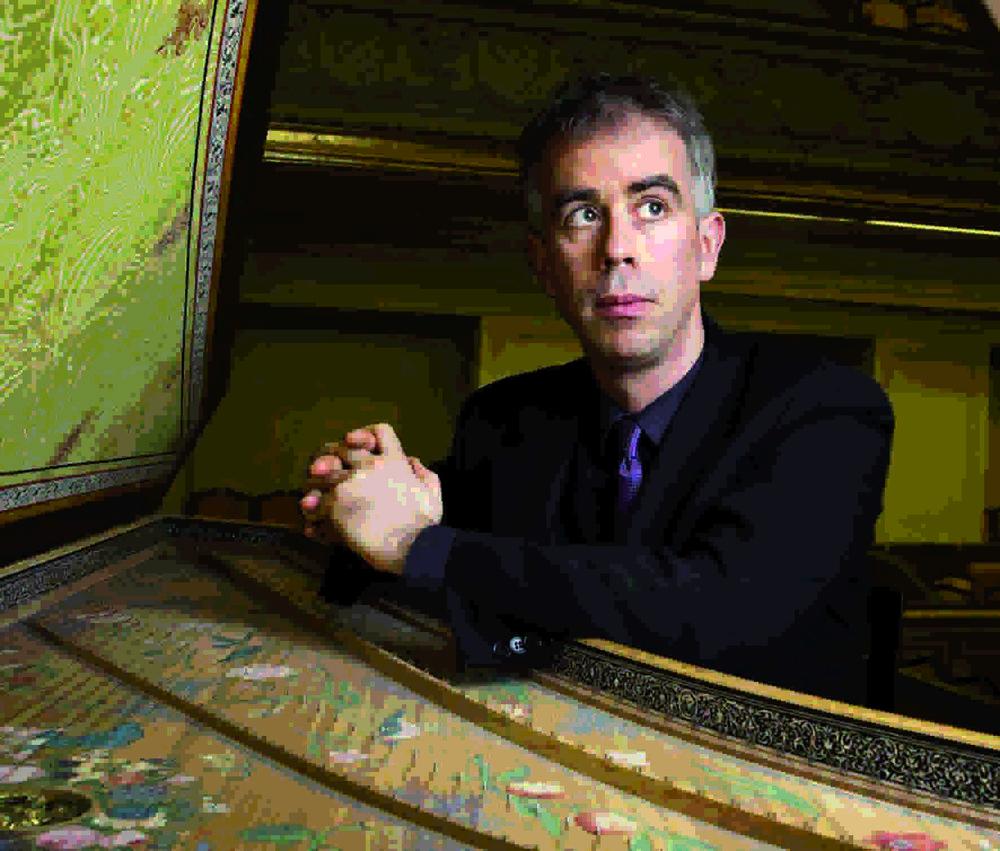 指揮 Conductor - Pierre Hantai