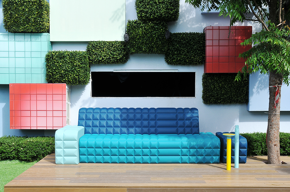 big-brother-sofa-1-by-dor-carmon.jpg