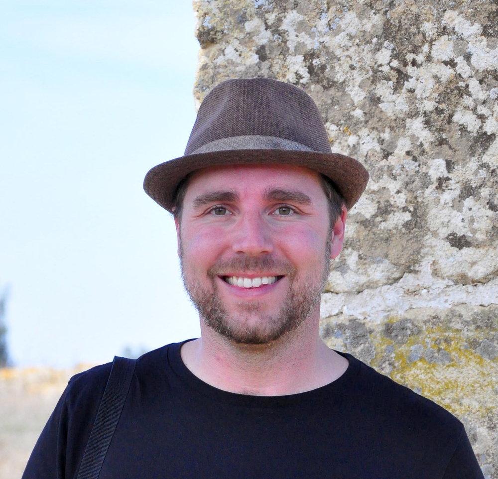 Lucas Peters Headshot Banasa.jpg