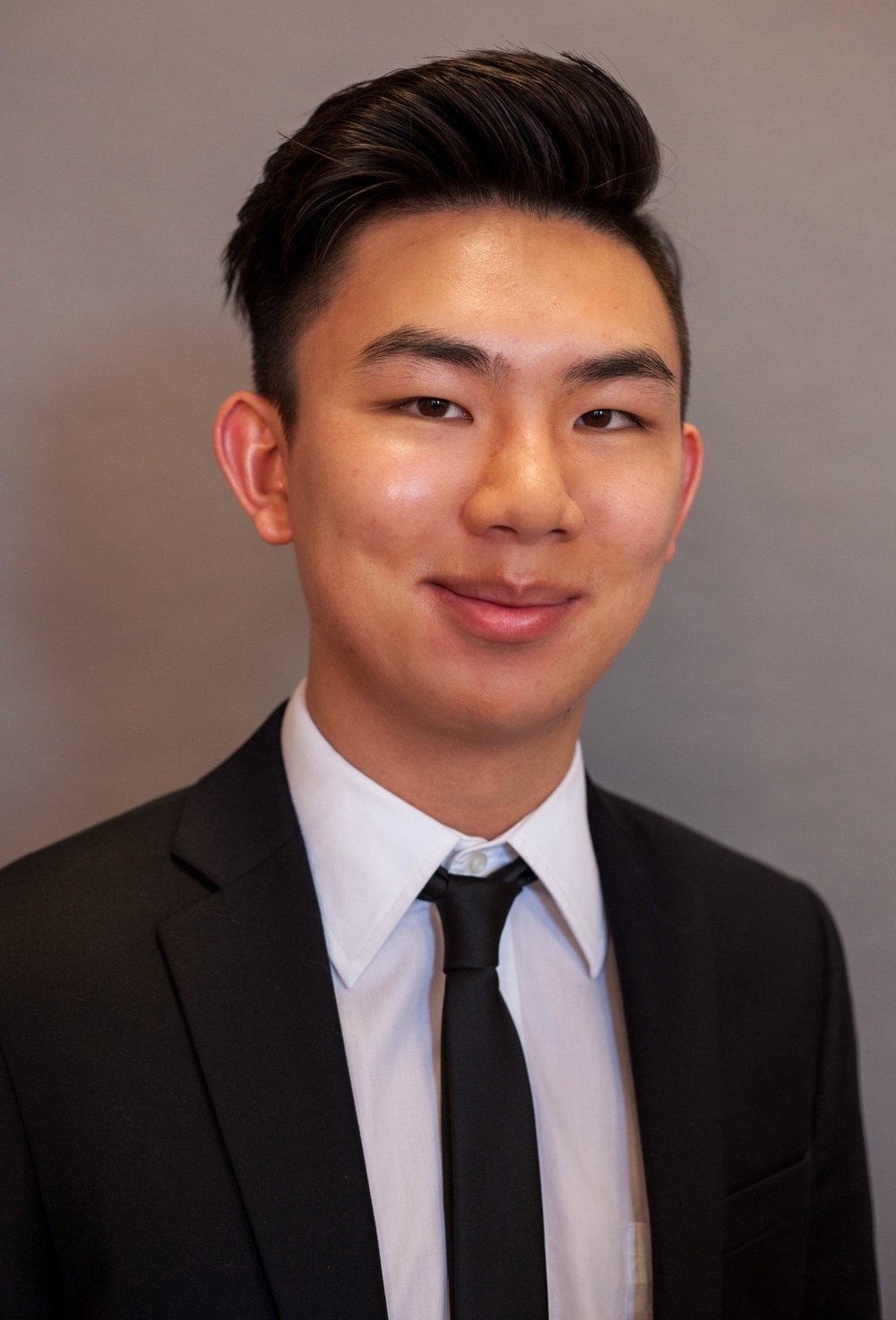 Charlie Lin • Co-VP Education