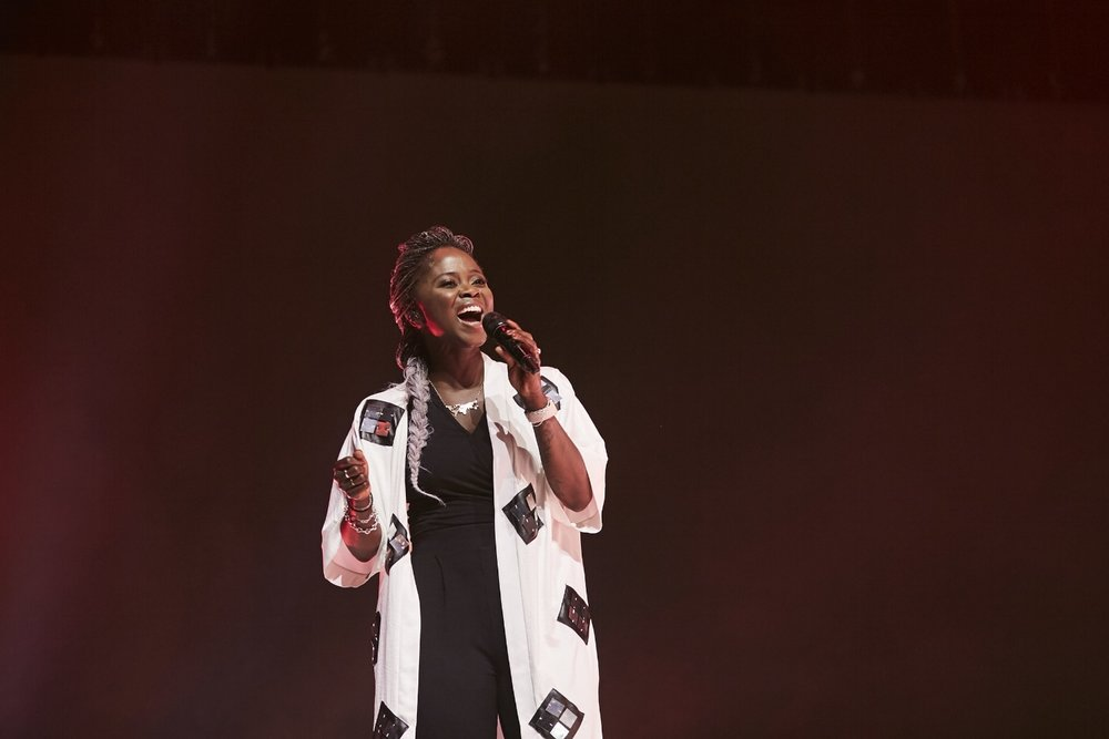 Jules Lyons- worship leading during conference opener 1