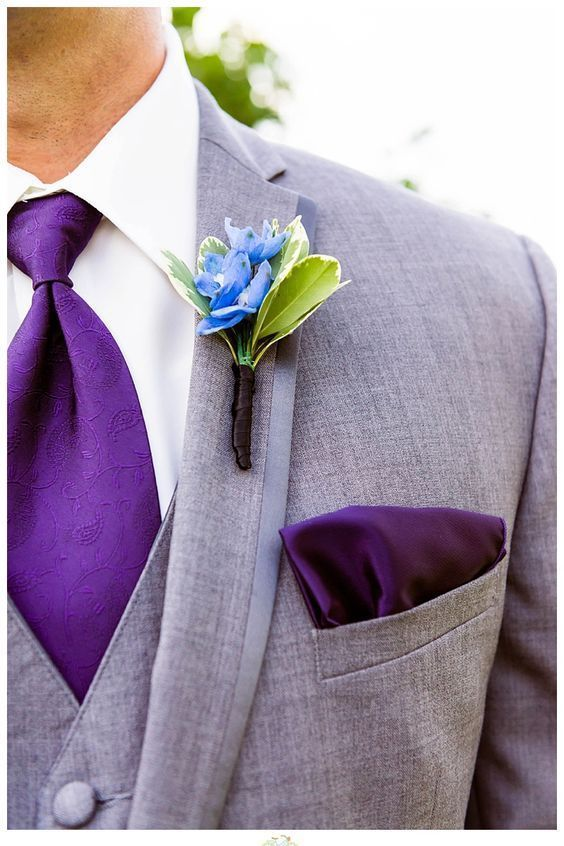 07-an-ultra-violet-tie-and-a-handkerchief-to-make-the-grooms-look-chic-and-trendy.jpg