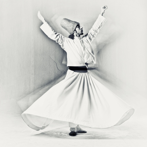 umut-kebabci-whirling-dirvish-1