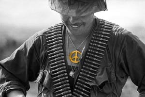vietnam-gi-with-peace-symbol