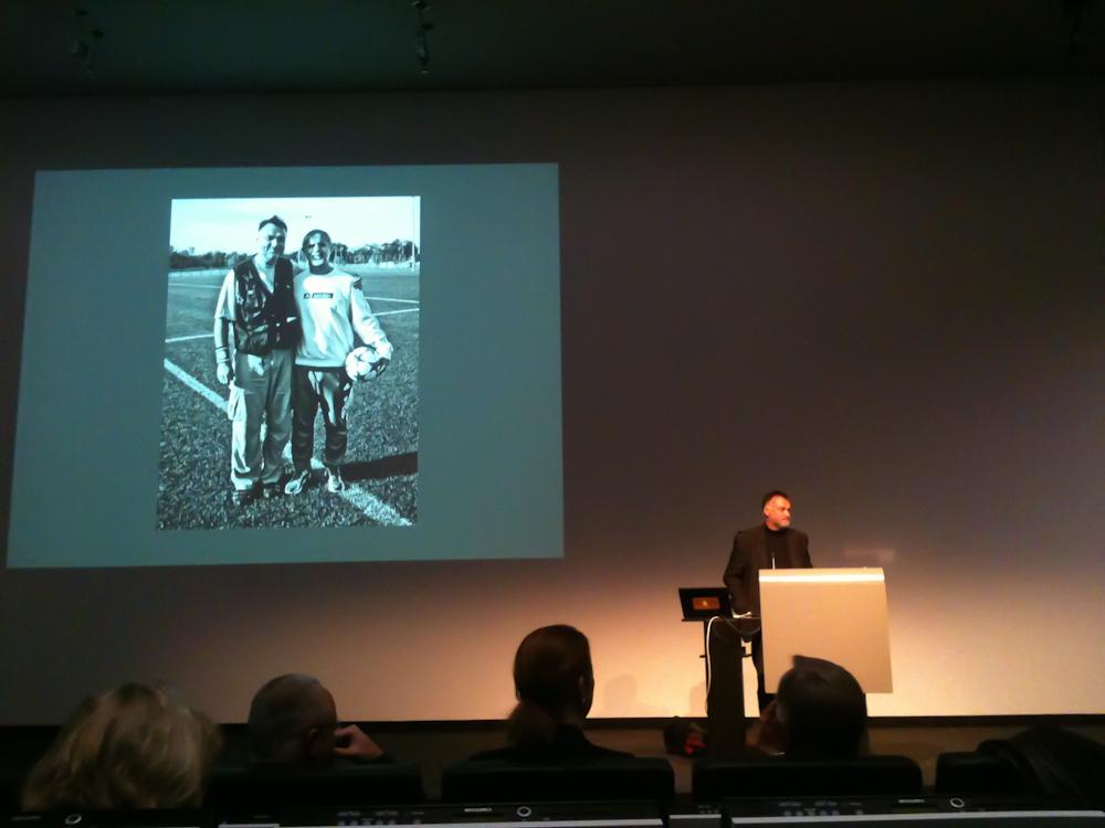 Horst Hamann bei seinem Vortrag im Rosengarten in Mannheim