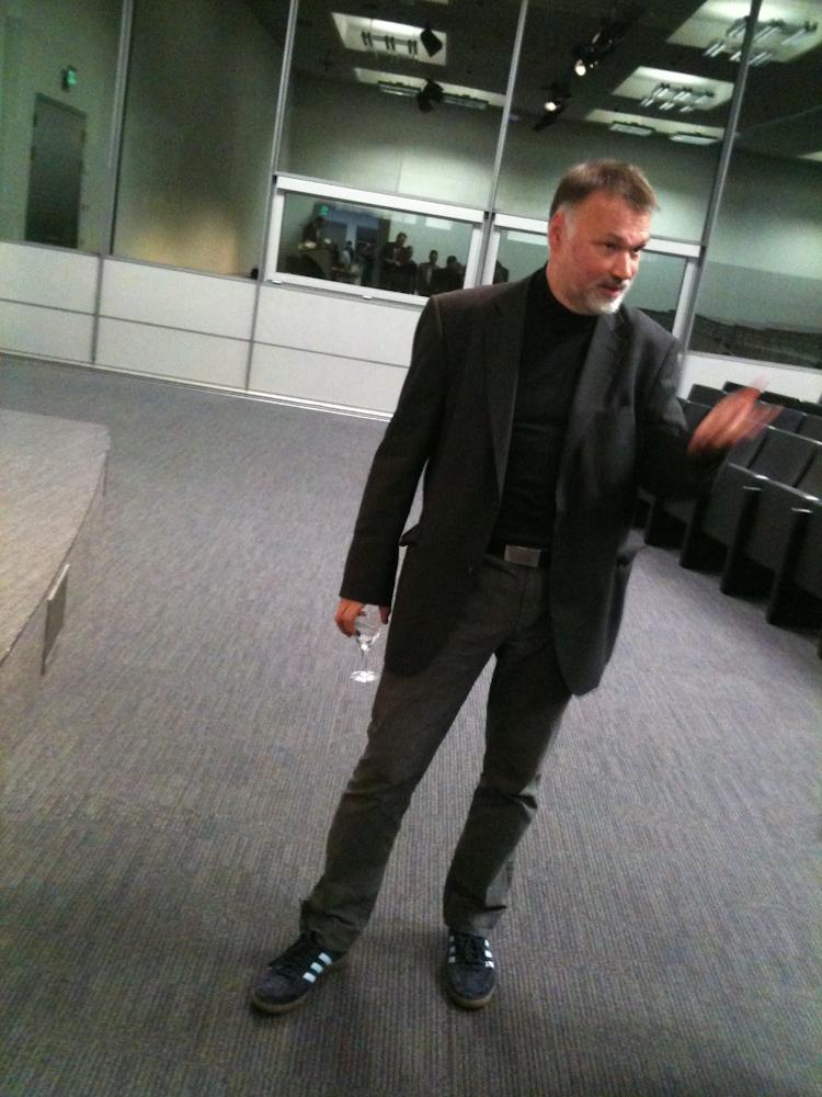 Horst Hamann im Rosengarten nach einem Vortrag im Marketing Club