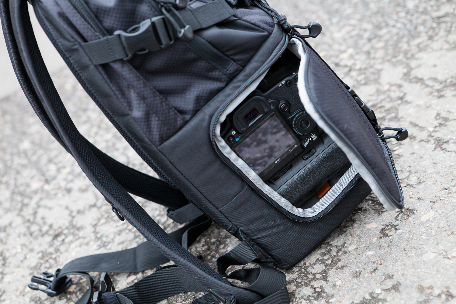 Lowepro DSLR Video 250 AW-06