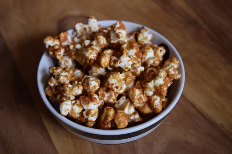 Caramel Popcorn - Dessert & Snacks
