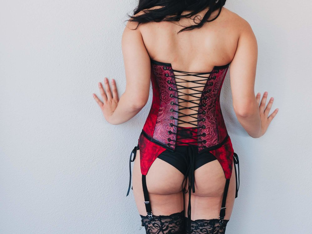 red-and-black-leather-corset-back.jpg