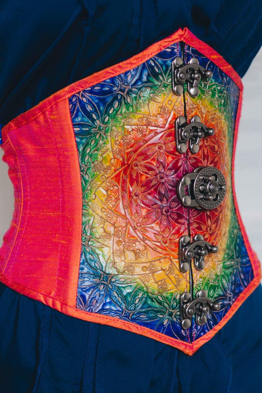 rainbow-waist-cincher-side.jpg