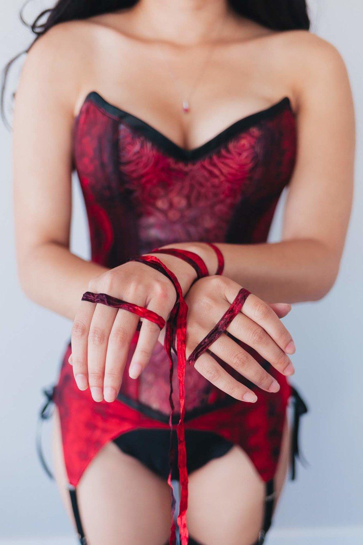 bondage-corset.jpg