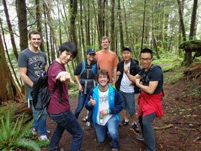 hiking students.jpg