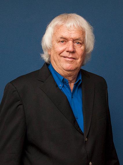 Mr-Pieter-van-Heerden-2_O.jpg