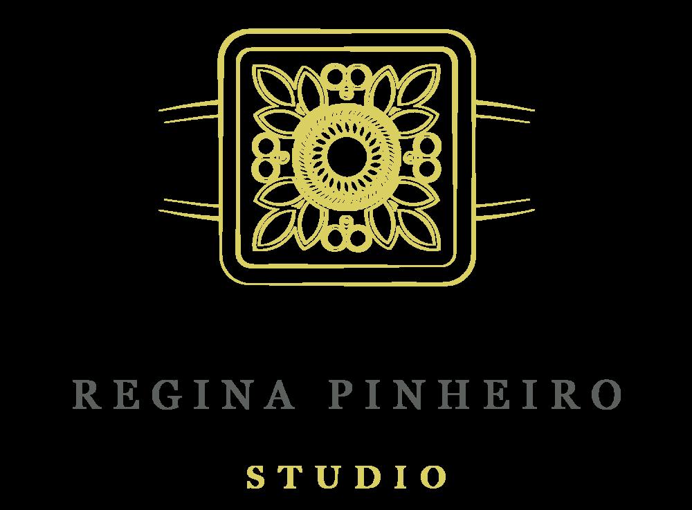 Logo Regina Pinheiro Studio-01.png