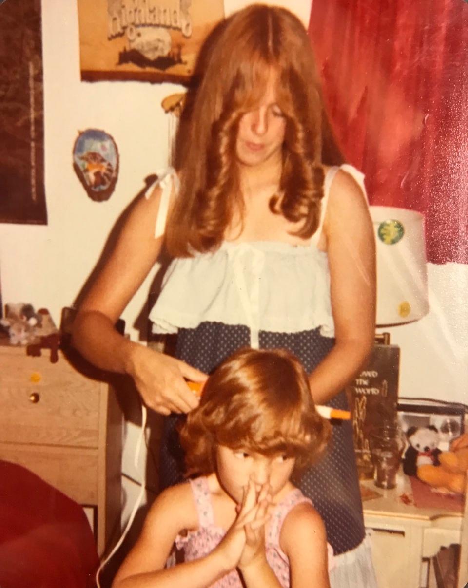 1970s+Doreen+with+Amy.jpg
