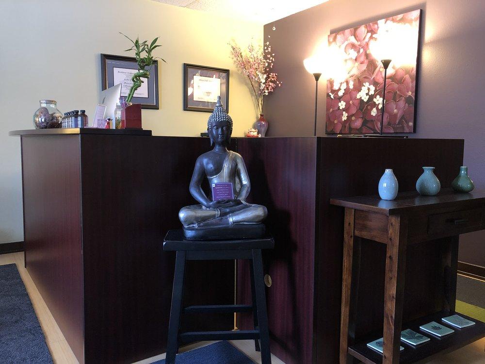 more waiting room acupunture.jpg