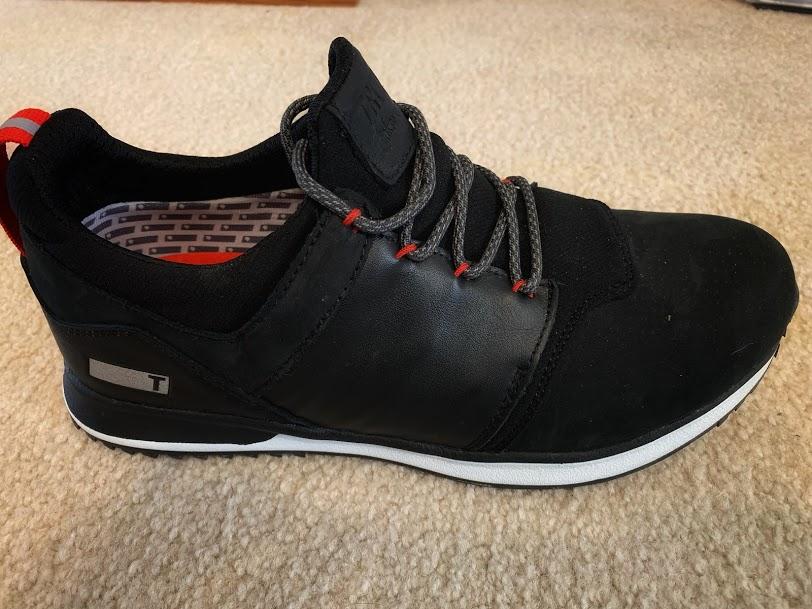 TRUE Major golf shoes.