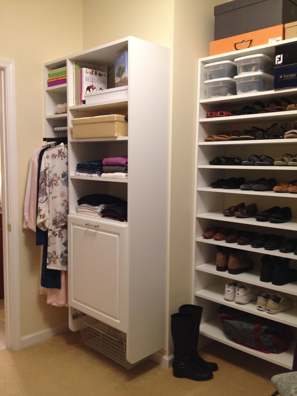 Walk-In Closet 4-4.JPG