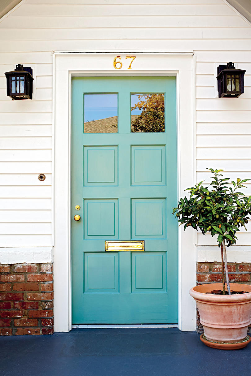 "Green is my absolute new favorite ""neutral"". I think there is a shade of green for everyone. -from southernliving.com"