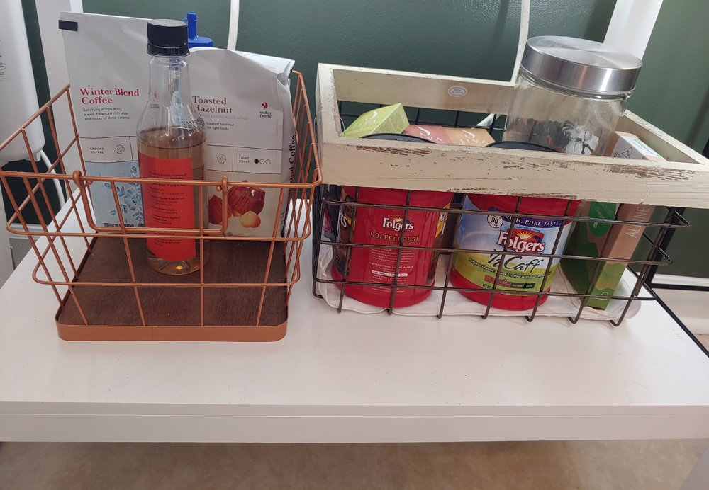 Wire baskets are some of my favorite things to incorporate. I loved using them to help organize my coffee bar☕.