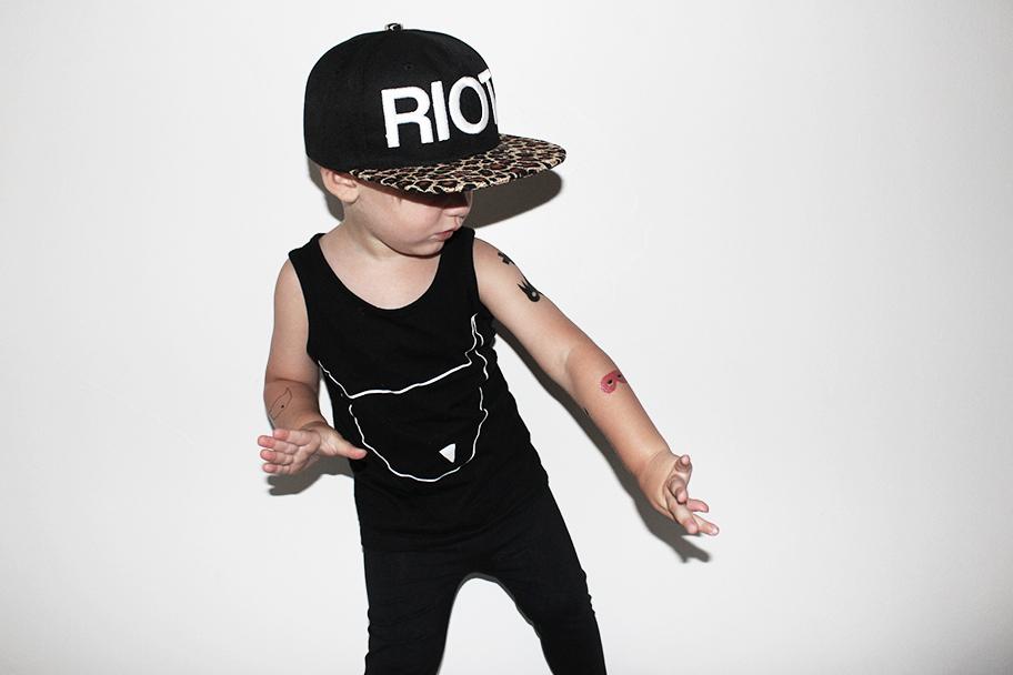 riot3