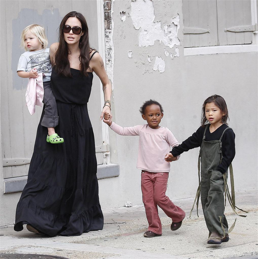 Angelina+Jolie+Kids+New+Orleans+B+j9eOGEDrDt8x