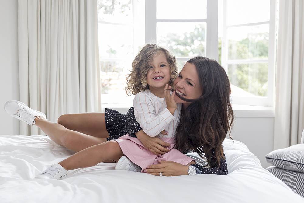 Tammin Sursok and her daughter Phoenix use the Reading Eggs Junior program on their iPad at home. Photo by Sarah Keayes/The Photo Pitch