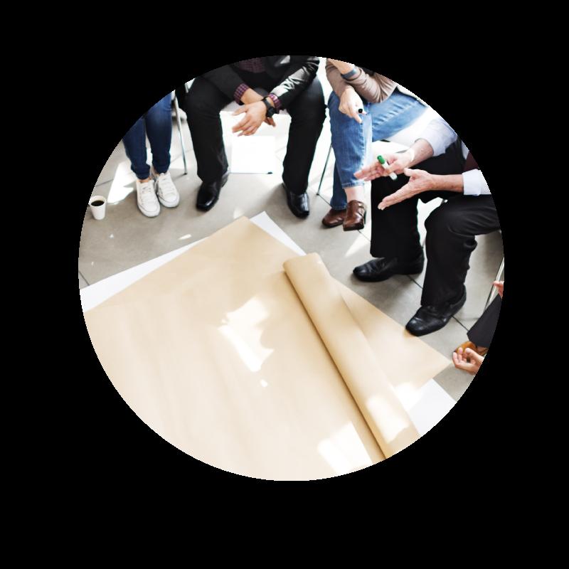 研修・組織開発支援 - 独自のフレームワークDAIPSを用いて、「学んで楽しい研修」に終わらせず、「職場で共通言語ができる」「実際に成功体験を組織として実感する」までサポートしています。
