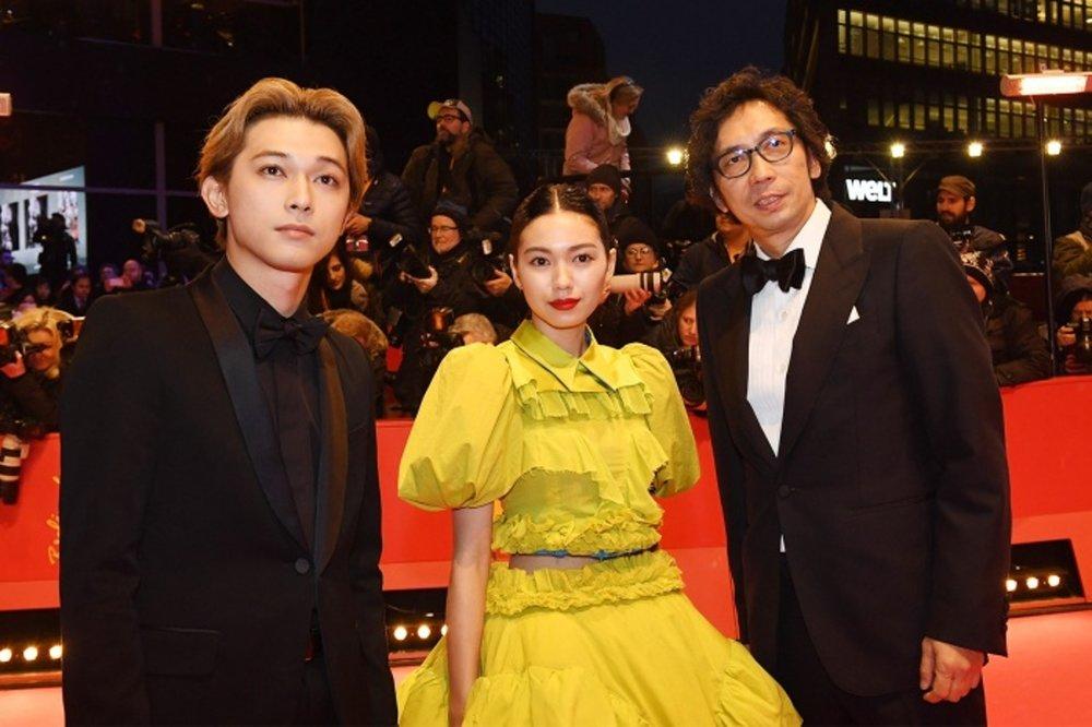 左起:吉澤亮、二階堂富美、行定勳