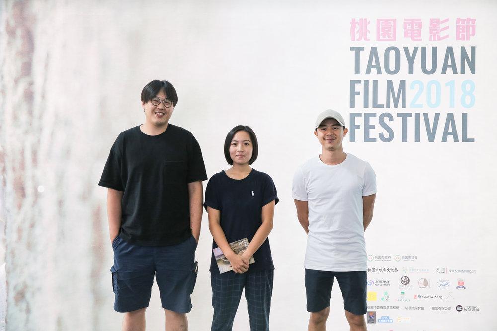 《高山上的茶園》導演曾英庭、《133公里》導演林劭慈、《阿水》導演楊雅集(由左至右)