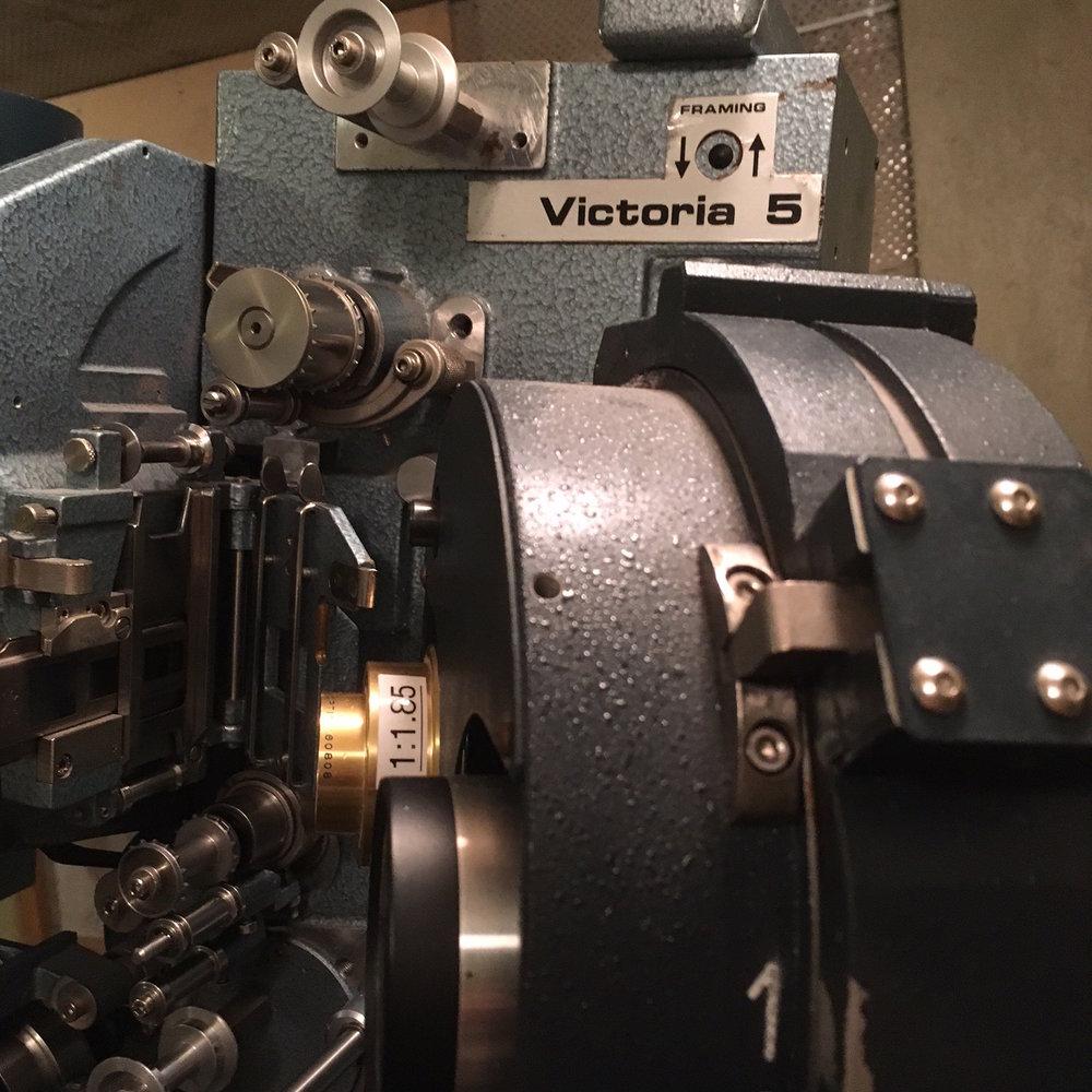 Victoria 5 filmiprojektori.jpeg