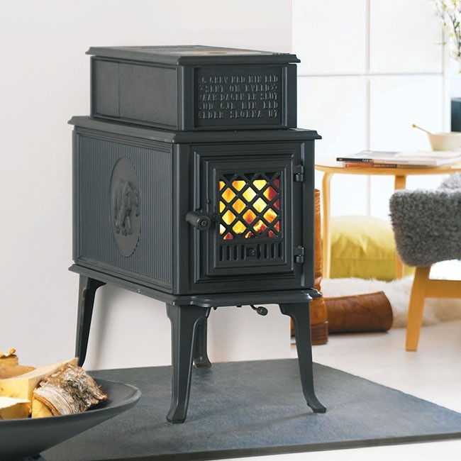 jotul_F 118 CB Black Bear.jpg