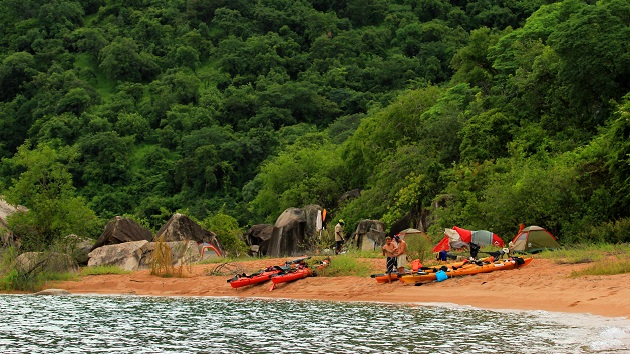 Lake Shore Lodge Tz - Lake Tanganyika - Kayak Expeditions
