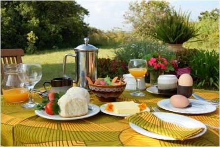 Breakfast at Kisolanza.jpg